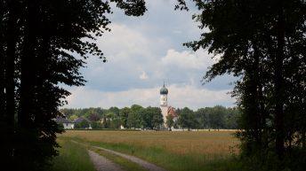 Cerkev je največji svetovni zasebni lastnik zemljišč