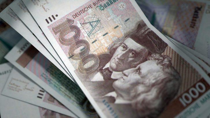 Papež Pij XII. zapustil dedičem 80 milijonov mark