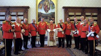 Krvavi cerkveni vitezi z 1,7 milijarde evrov (1. del)
