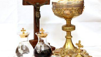 Nadškof Zore o darovanju – ali to tudi sam počne?