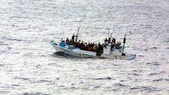 Papež ni hotel sprejeti 49 migrantov
