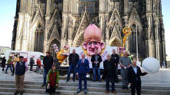 Kölnski kardinal Woelki noče odstopiti