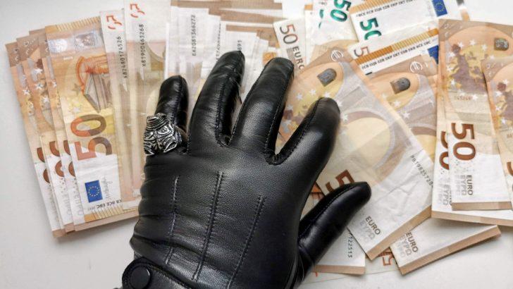 Vatikan poln korupcije